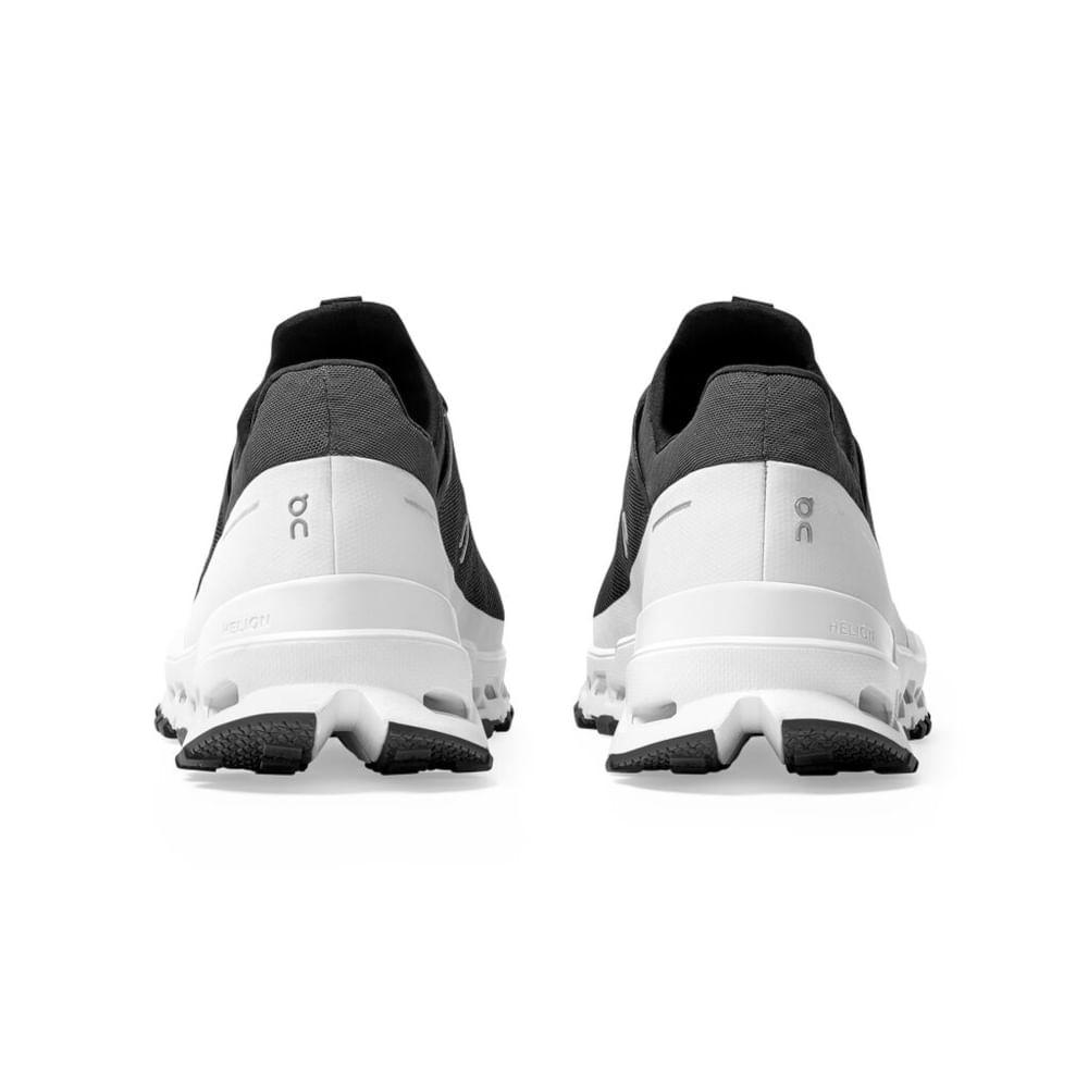Small-JPEG-SS21-Cloudultra-Black-White-M-Pack-Shot-5