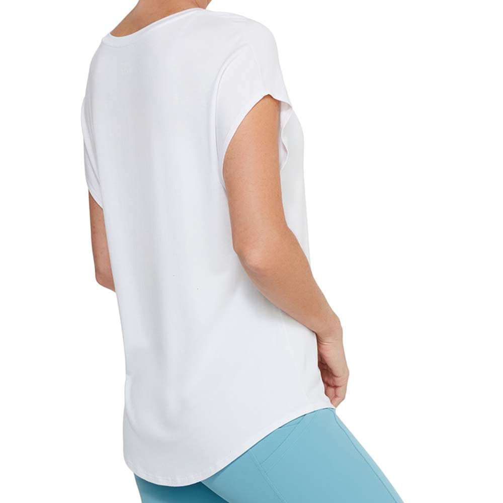 TF040849_0001_004_Detalhe_Cropar-camiseta-
