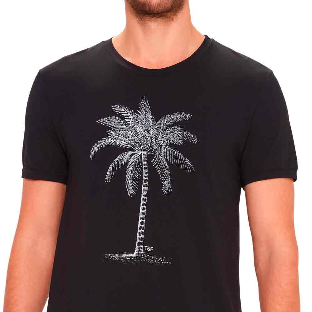 camiseta-basica-masculina-preta-estampada-detalhe