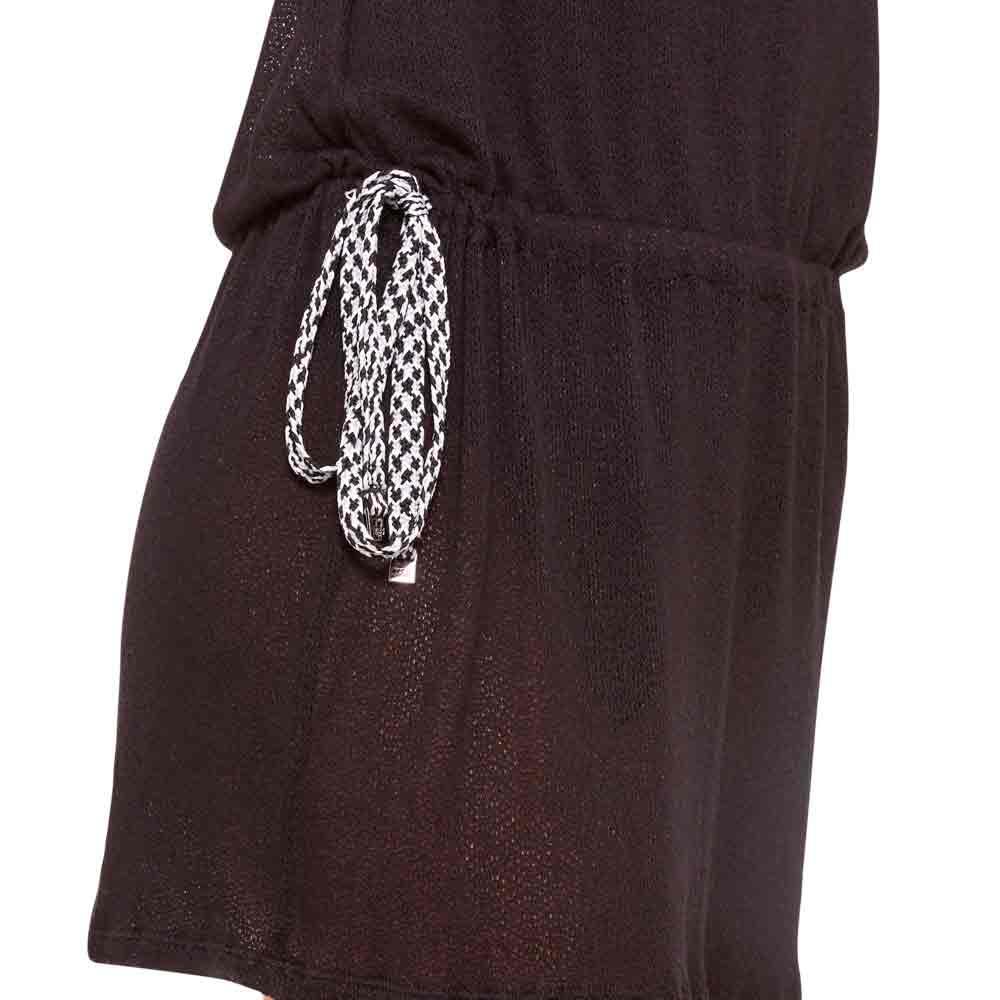 vestido-de-praia-basico-preto-detalhe